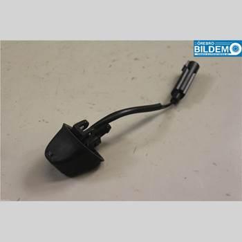 BMW 3 E90/91 SED/TOU 05-12 320D AUT 4D SED 2007 61667131299