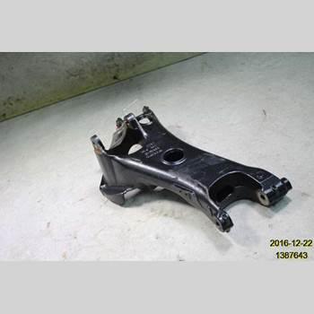 Bärarm Vänster Bak D5 AWD 2011 31304152