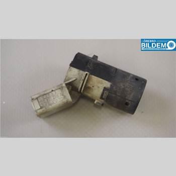 Parkeringshjälp Frontsensor AUDI A4/S4 05-07 1,8 T.AUDI A4 AVANT QUATTRO 2005 7H0919275D