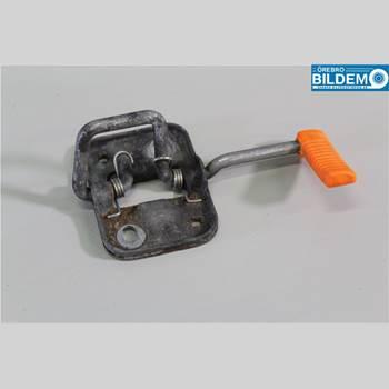 Huvspärr VW POLO 10-17 1,6 TDI.VW POLO 2010 6R0823186C
