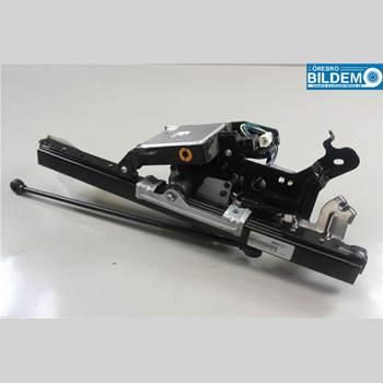 Bakluckeöppnare Automatisk 2,9 CRDI AUT MPV 2007 817754D100