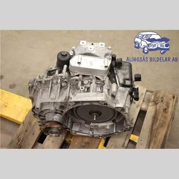VW GOLF V 04-09 5DCBI 1,9TDI AUT SER ABS 2008 02E300043M