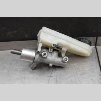 Bromsar Huvudcylinder MITSUBISHI COLT   04-08 1.3i 16v 95hk 2005