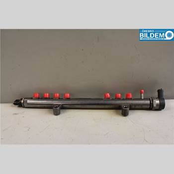 VOLVO S60 11-13 2,4 D5.VOLVO S60 R-DESIGN 2012 30777759