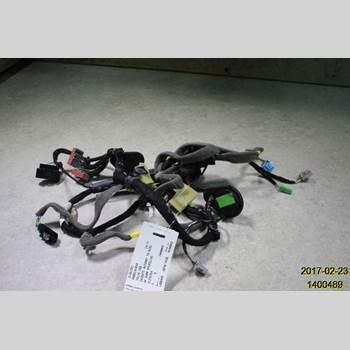 VOLVO V60 14-18 VOLVO 2014 31483381