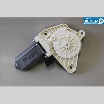 Fönsterhissmotor 1,4 TSI/GAS.VW GOLF VARIANT 2015 5Q4959801B
