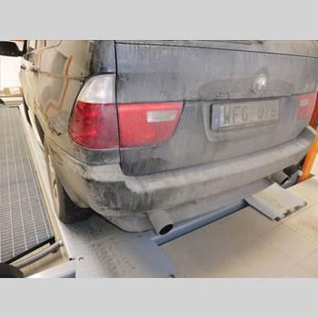 Stötfångare Bak BMW X5 E53     99-06 BMW X5 3,0I 2004