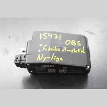 AUDI Q5 09-16 2,0TDi 170hk 2009 8K0905852D