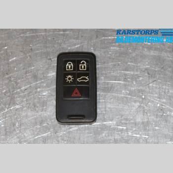 VOLVO XC70 08-13 2,0 D3 KINETIC 2011 30659637