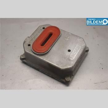 Styrenhet - Xenon MB S-KLASS (W220)  99-05 320 AUT 2000 A2208208326