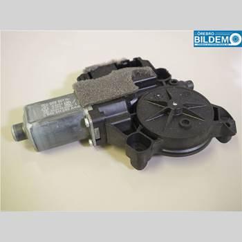 Fönsterhissmotor 2,0 TDI.VW T5 TRANSPORTER 2014 7E0959801H