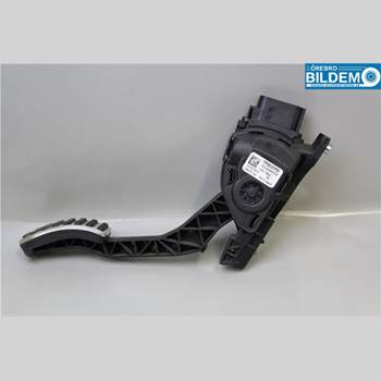 VOLVO S60 11-13 2,4 D5.VOLVO S60 R-DESIGN 2012 31329061