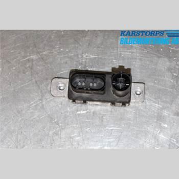Relä Glödning Diesel VOLVO V70 14-16 2,0 D4 MOMENTUM 2015 31431776