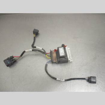 AUDI A6/S6 12-18 AUDI    2,0 TDI 2014 8K0959501G