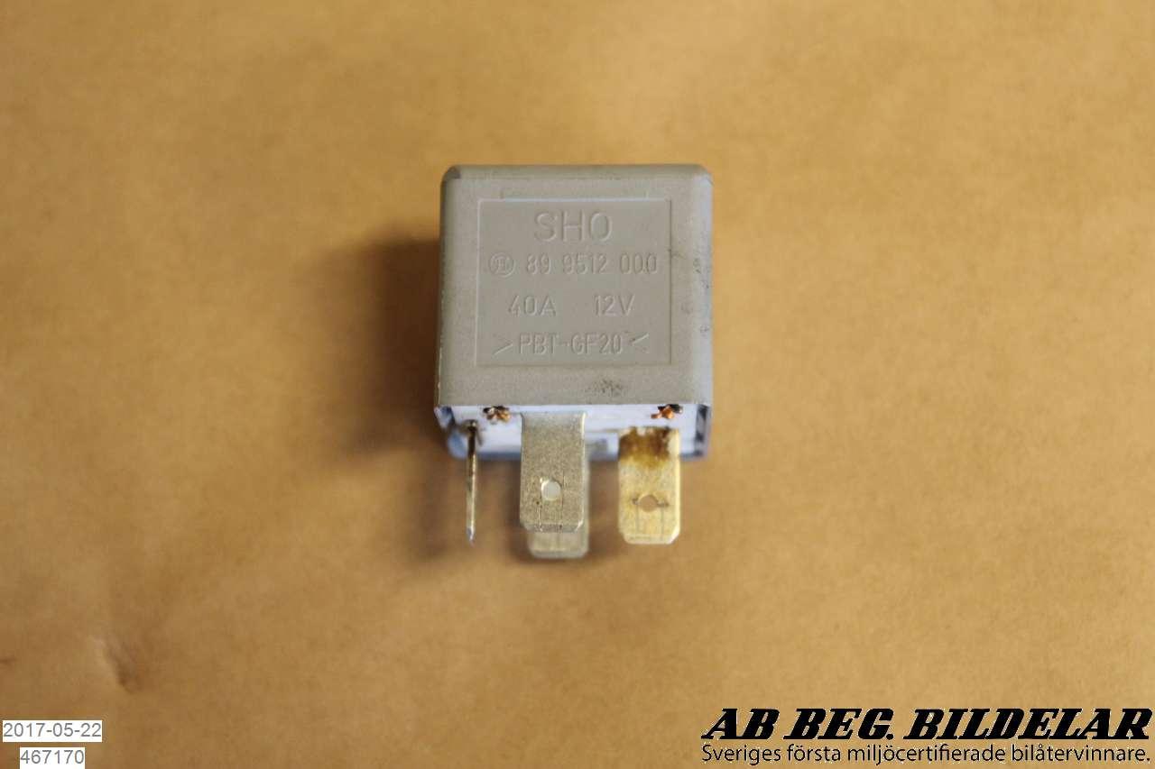 till AUDI A4/S4 99B-2000 LN 443951253K (0)