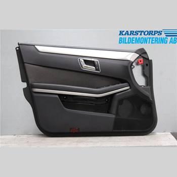 Dörrklädsel - Vänster MB E-KLASS (W212) 09-16 E250 CGI 1,8T AVANTGARDE 2010 A2127200170