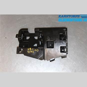 VOLVO V60 14-18 D4 2,0d 2WD MOMENTUM 2015 31352284