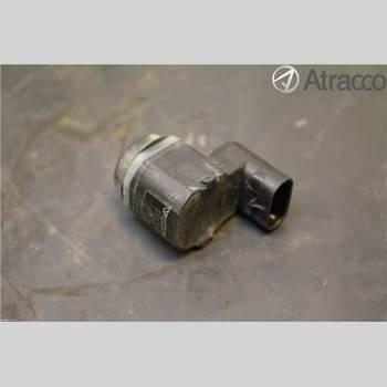 VOLVO V60 11-13 21230 2012 31341345