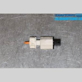 Bromsljuskontakt RENAULT MEGANE III 09-15 1,5 DCi 2015 253209243R