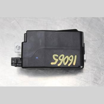 AUDI A4/S4 08-11 2.0TDi 136hk 2012 8K0905852D