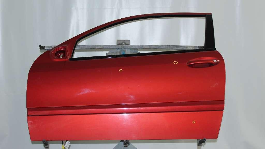 Dörr Vänster 2D till MB C (203) 2000-2007 F A2037200505 (0)