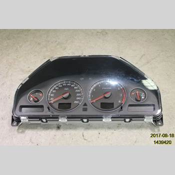 Hastighets Mätare VOLVO XC90     03-06 XC90 T6 AWD 2003 8602756