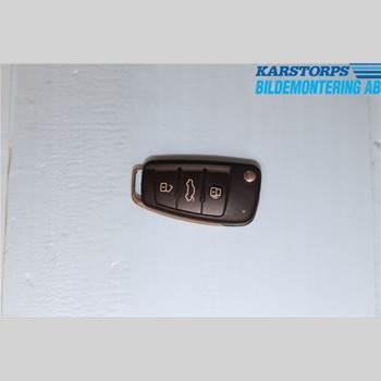 Fjärrkontroll Larm/Centrallås AUDI A4/S4 05-07 2,0 TFSI QUATTRO 2005 8E0837220Q