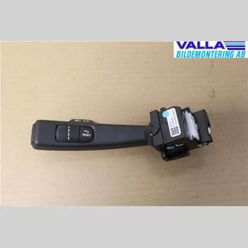 VOLVO V60 14-18 2,0D D4 MOMENTUM 2015 31456045