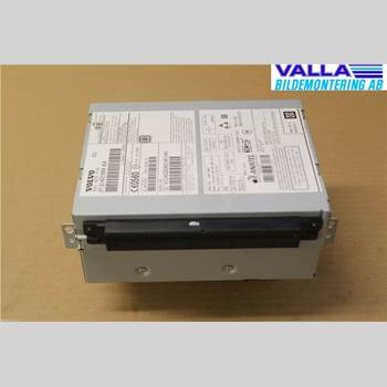 VOLVO V60 14-18 2,0D D4 MOMENTUM 2015 36010211