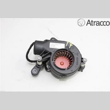 AC Värmefläkt MB E-KLASS (W212) 09-16 MB E-Klass (W212/207) E 63 AMG 2012 A2049060015