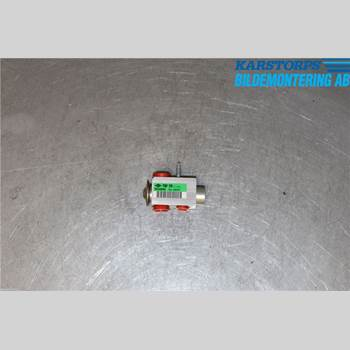 VOLVO XC70 14-16 D4 AWD 2,4d Momentum 2016 31291817