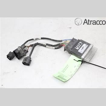 AUDI A4/S4 08-11 AUDI A4 (8K) 2.0 TDI 2009 8K0959501G