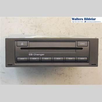 CD Växlare R8 4,2 V8 2008 8E0057111DX