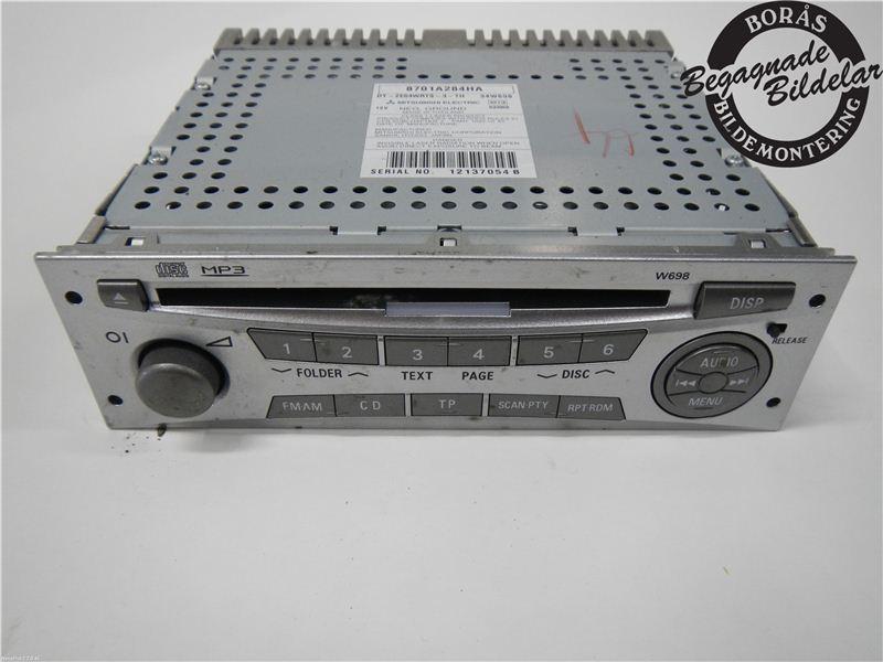 RADIO CD/MULTIMEDIAPANEL till MITSUBISHI L200 2006-2015 BO 8701A284HA (0)