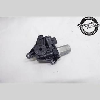 Fönsterhissmotor MB A-KLASS (W176) 13-18 A180 CDI 2013 A2469063200