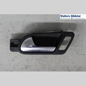 Dörrhandtag - Vänster Inre VW TIGUAN 07-16 Tiguan 4Motion 2015 5N1837113F