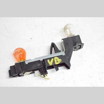 Bakljus insats/Lamphus Vänster VOLVO S70/V70/XC  97-00 V70 1998