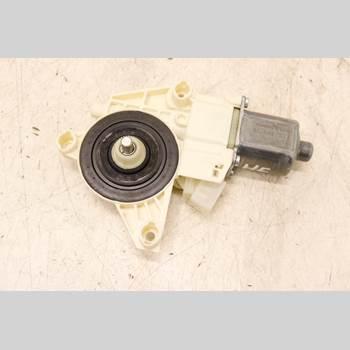 Fönsterhissmotor MB A-KLASS (W176) 13-18 1,6  180 2013 A2469065200