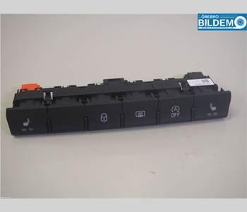 T-L1030360