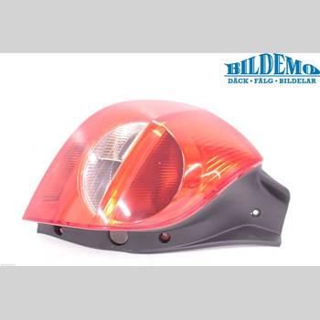 RENAULT CLIO III  06-09 RENAULT CLIO 2,0 SPORT 2006 8200459962