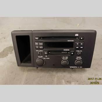 VOLVO XC70     01-04 01 XC70 2,5T AWD 2004 36050107