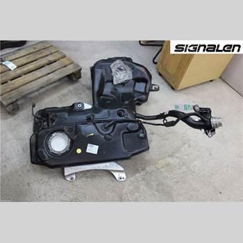 AUDI A7/S7 4G 11-17 AUDI A7 (4G) Quattro 2011 4G8201060P