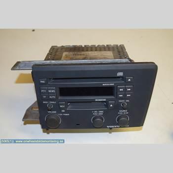 VOLVO V70      00-04 VOLVO S + V70,2.4L,5D,BEN 2003 36050078