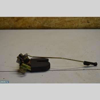 SEAT CORDOBA 03-09 SEAT CORDOBA 1,4 16V ,4D 2003 6L5827505C