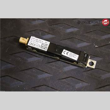 Antennförstärkare AUDI A7/S7 4G 11-17 AUDI A7 Sportback  Quattro 2,0 2018 4G8035225A
