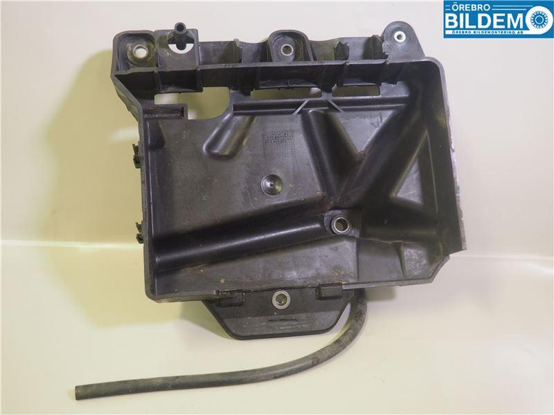 Batterilåda/fäste/hållare - Mitten  image