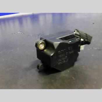 VOLVO XC70     01-04 VOLVO S + V70 2001
