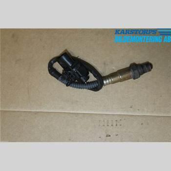 VOLVO V70 08-13 D3 2,0d MOMENTUM 2011 258017107