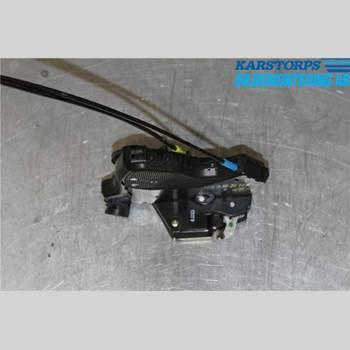 TOYOTA AVENSIS   03-06 2,0 16V TECHNICAL 2003 69030-02161