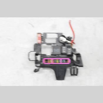 AUDI A7/S7 4G 11-17 A7 S-LINE 2012 4G1937503A